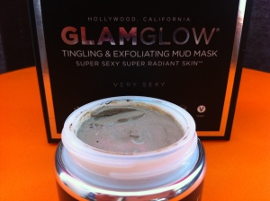 GlamGlow Mud Mask review